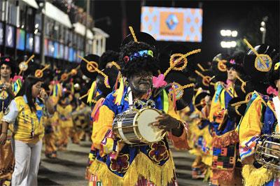 percussionnistes carnaval de rio