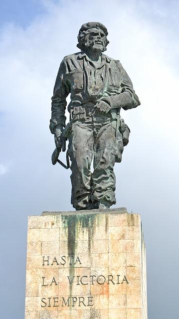 statue du che cuba
